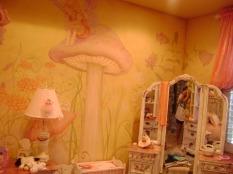 Dreamy fairytale girl's room