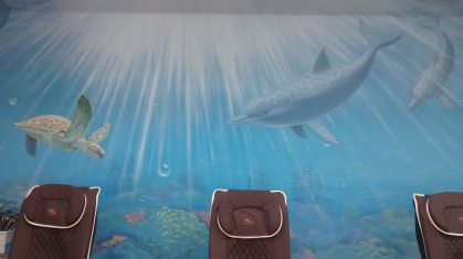 sea-mural-salon