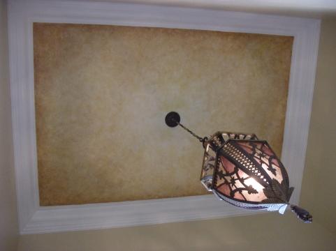 Soft ceiling faux finish inside a foyer