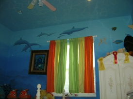 Underwater theme on walls and ceiling