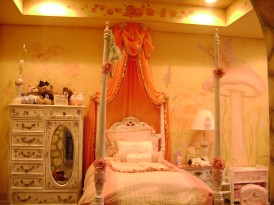 Fairytale princess girl's room decor