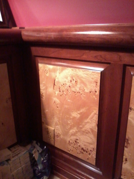 San-Diego-faux-finishing-outlet-covers-burl-wood-grain-graining-conceal-wall-plate-camouflage-muralist-Art-by-Beata