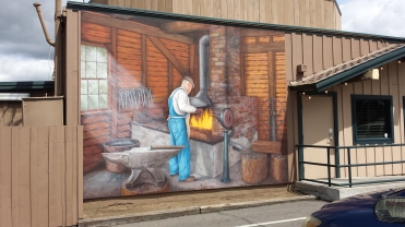 San-Diego-outdoor-walls-Ramona-blacksmith-shop-welding-mural-Art-by-Beata-heart-project